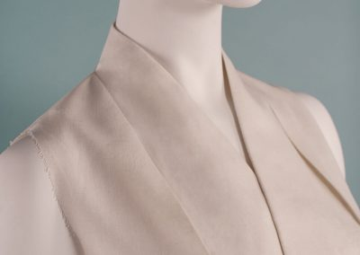 Crossover collar neckline